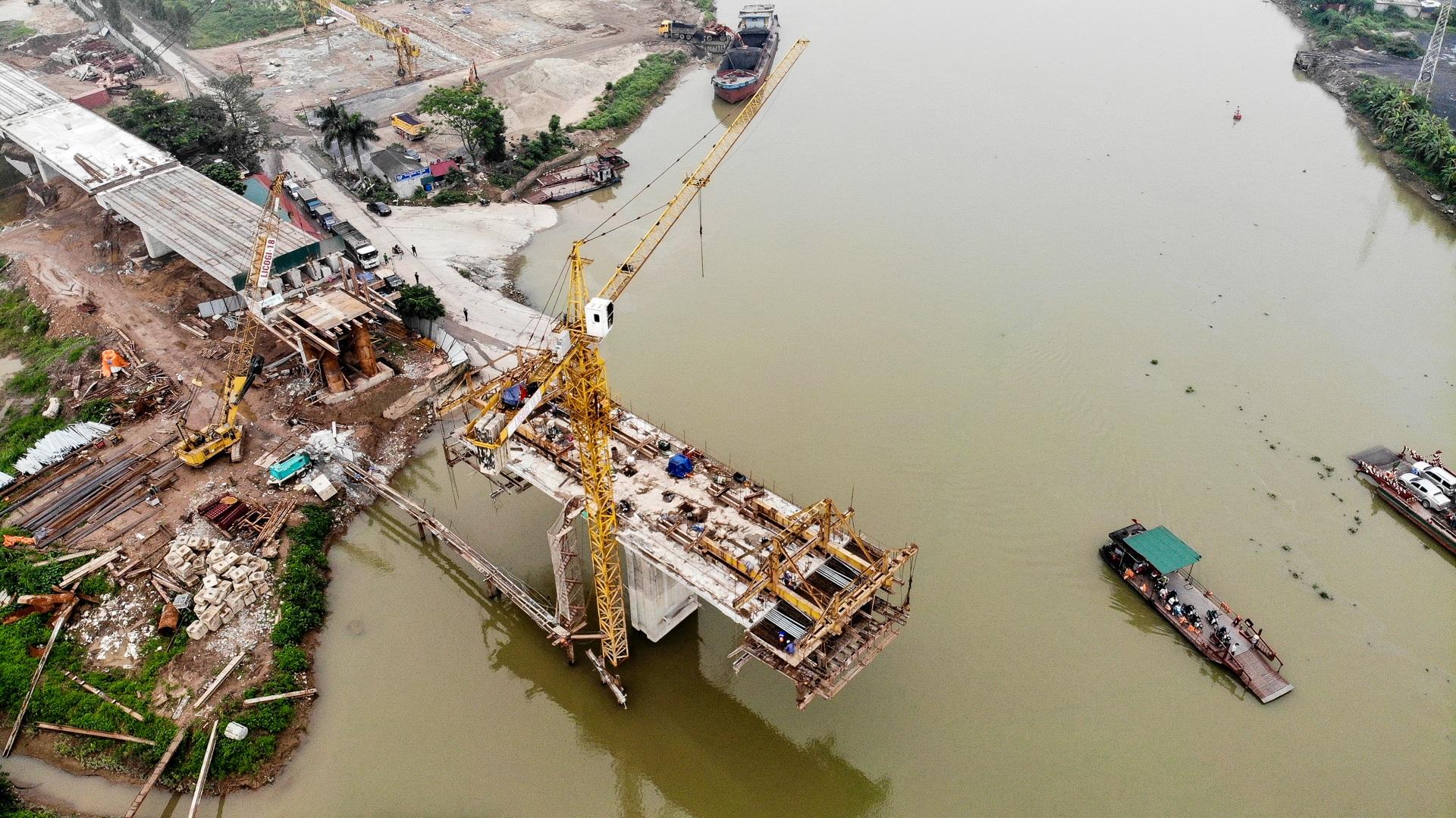 Toàn cảnh cây cầu gần 350 tỷ đồng giúp giải bài toán chen chúc qua phà - 4