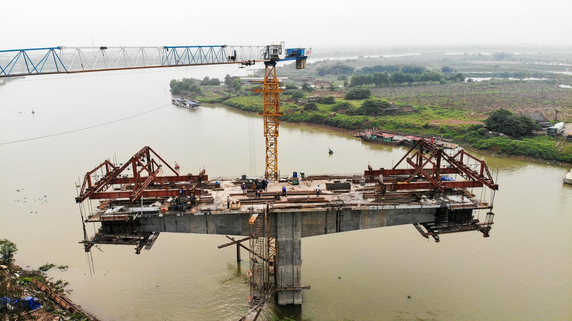 Toàn cảnh cây cầu gần 350 tỷ đồng giúp giải bài toán chen chúc qua phà - 10