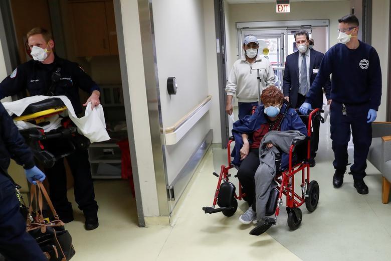 Cuộc chiến với tử thần trong phòng điều trị bệnh nhân Covid-19 tại Mỹ - 2