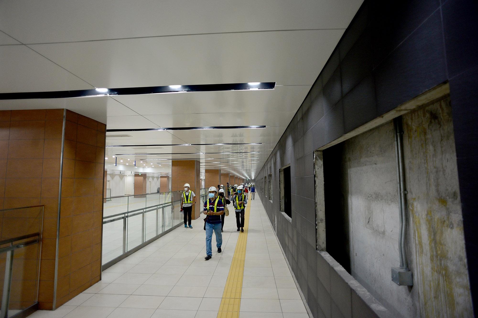 Ngắm toàn cảnh tuyến metro đầu tiên của TPHCM - 12