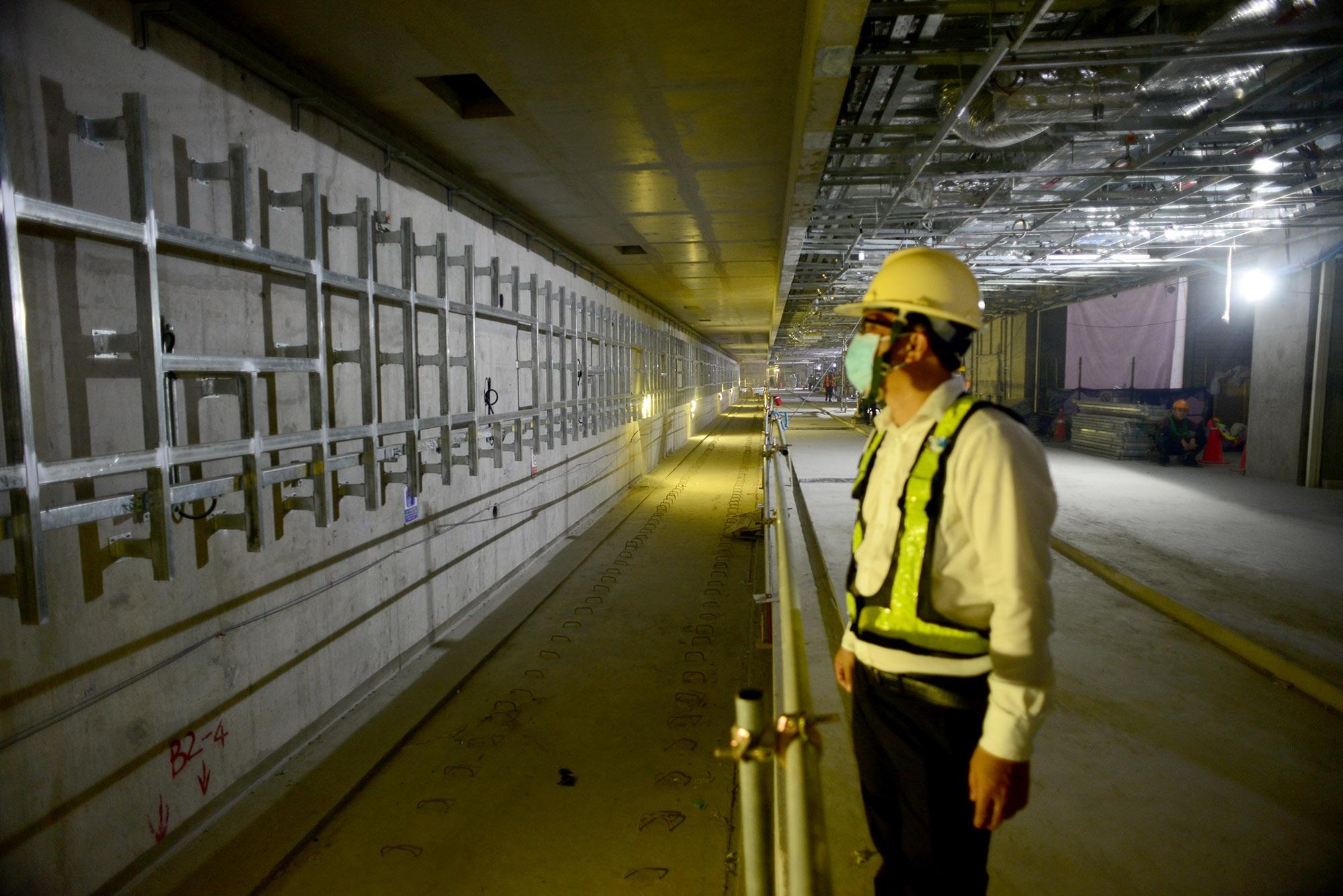 Ngắm toàn cảnh tuyến metro đầu tiên của TPHCM - 14