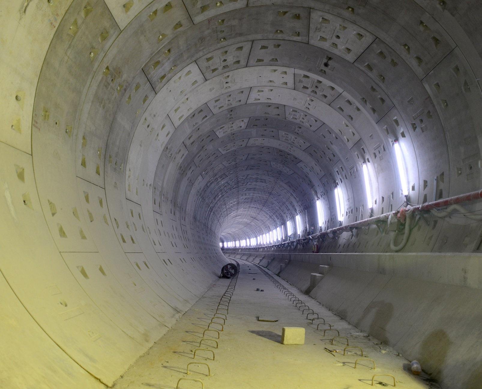 Ngắm toàn cảnh tuyến metro đầu tiên của TPHCM - 21