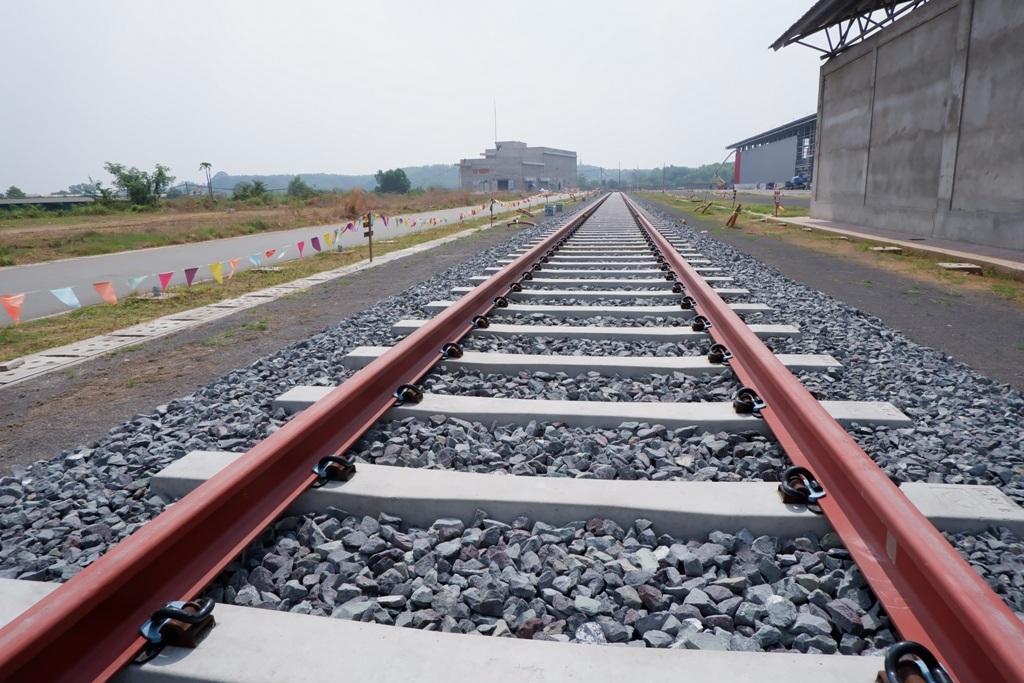 Ngắm toàn cảnh tuyến metro đầu tiên của TPHCM - 24