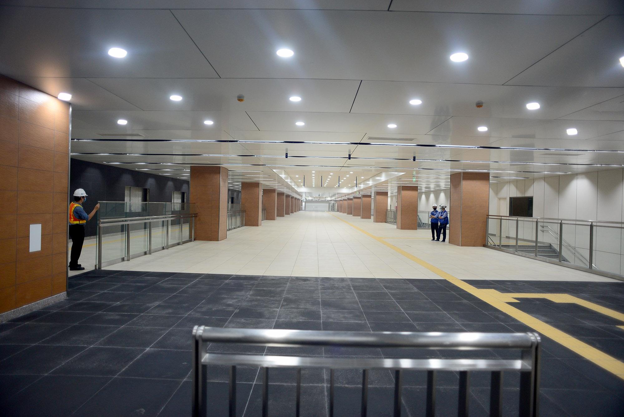 Ngắm toàn cảnh tuyến metro đầu tiên của TPHCM - 7