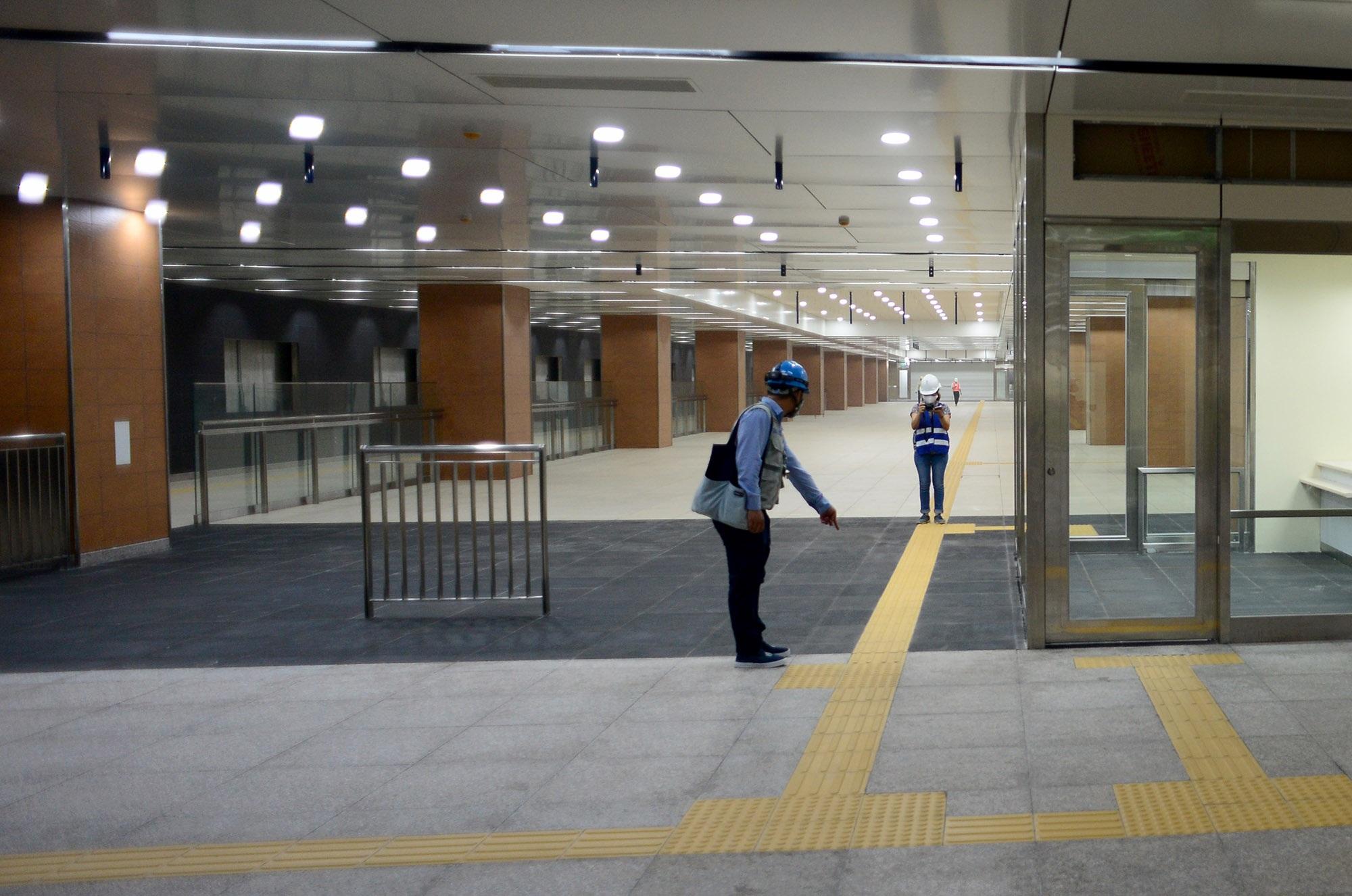 Ngắm toàn cảnh tuyến metro đầu tiên của TPHCM - 9