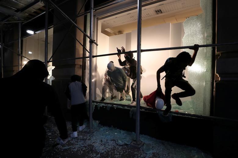 Một tuần chìm trong làn sóng biểu tình tại Mỹ - 14