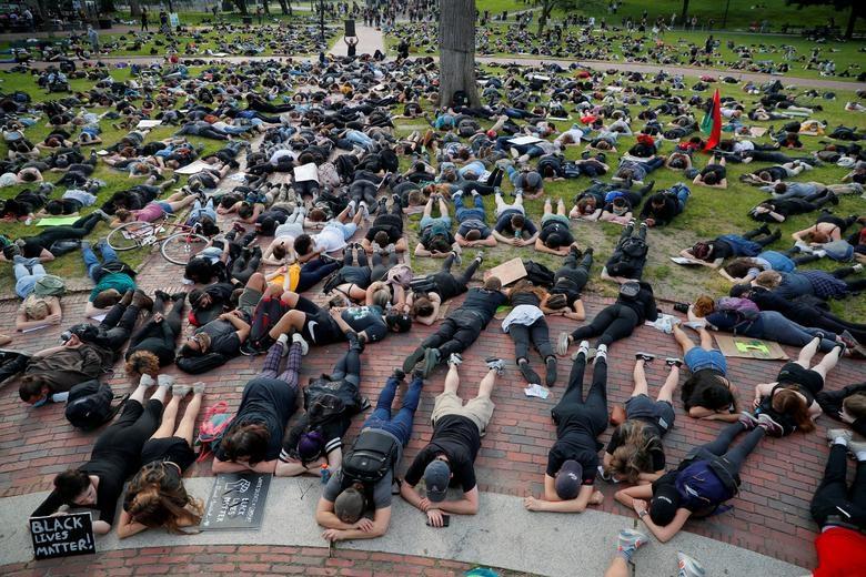 Một tuần chìm trong làn sóng biểu tình tại Mỹ - 16