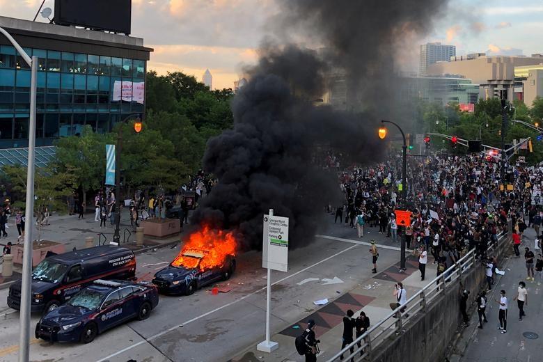 Một tuần chìm trong làn sóng biểu tình tại Mỹ - 3