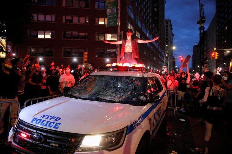 Một tuần chìm trong làn sóng biểu tình tại Mỹ - 5