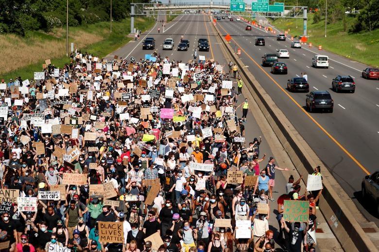 Một tuần chìm trong làn sóng biểu tình tại Mỹ - 6