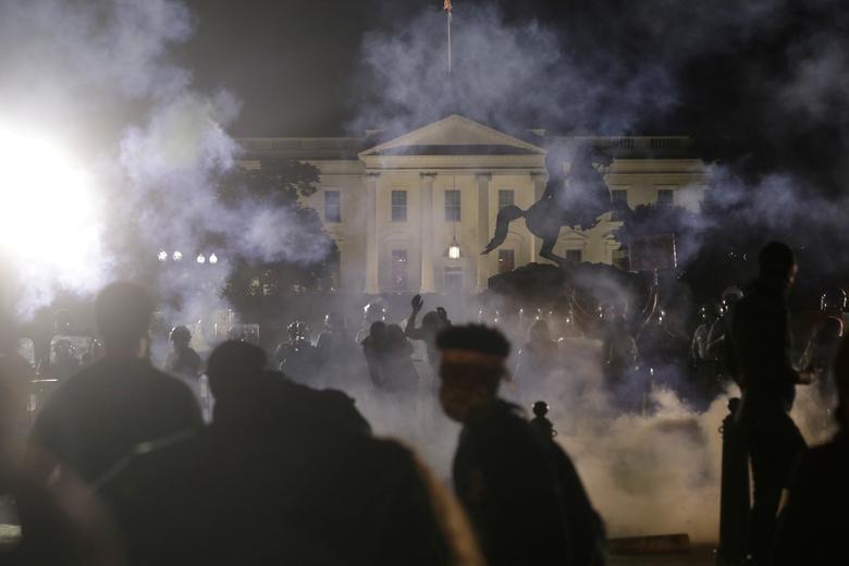 Một tuần chìm trong làn sóng biểu tình tại Mỹ - 7