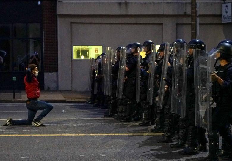 Một tuần chìm trong làn sóng biểu tình tại Mỹ - 9