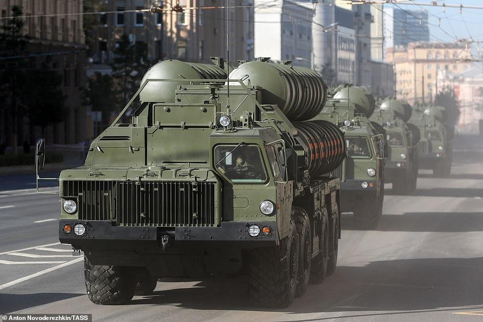 Mãn nhãn dàn khí tài khủng của Nga trong lễ duyệt binh - 32