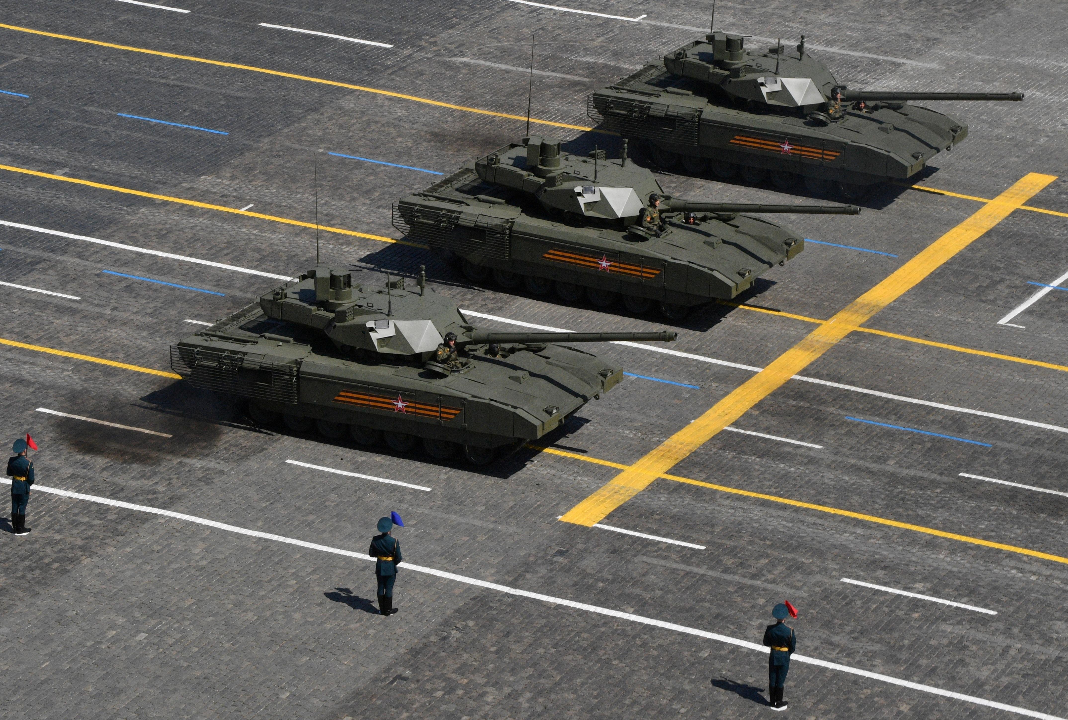 Mãn nhãn dàn khí tài khủng của Nga trong lễ duyệt binh - 11