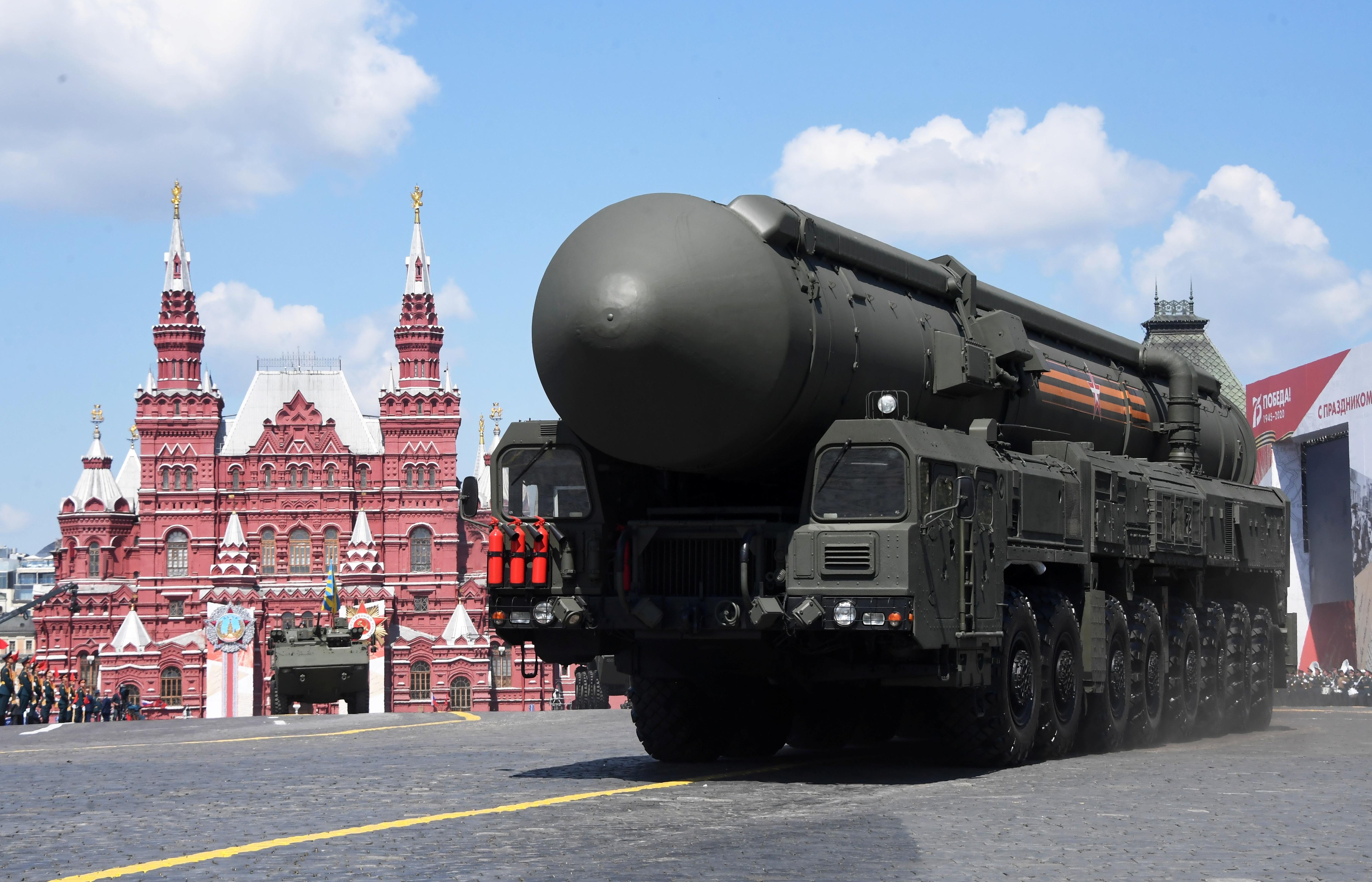 Mãn nhãn dàn khí tài khủng của Nga trong lễ duyệt binh - 25
