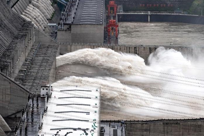 Chùm ảnh lũ lụt kinh hoàng ở Trung Quốc - 11