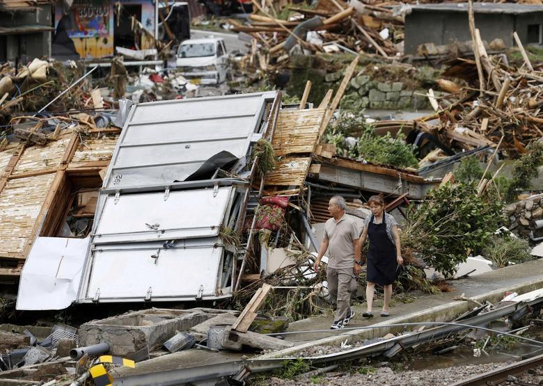 Cảnh đổ nát tại Nhật Bản sau thảm họa mưa lũ khiến 50 người chết - 1