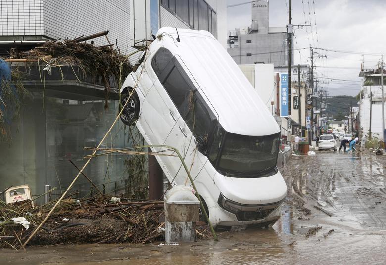 Cảnh đổ nát tại Nhật Bản sau thảm họa mưa lũ khiến 50 người chết - 2