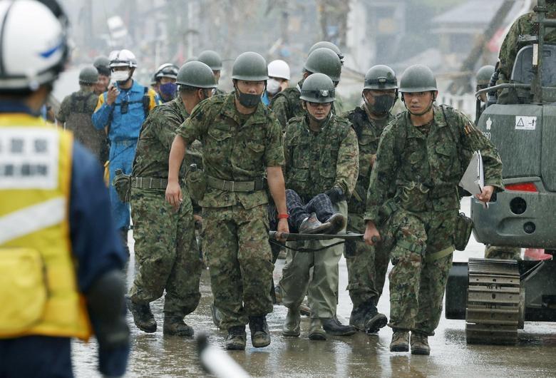 Cảnh đổ nát tại Nhật Bản sau thảm họa mưa lũ khiến 50 người chết - 7