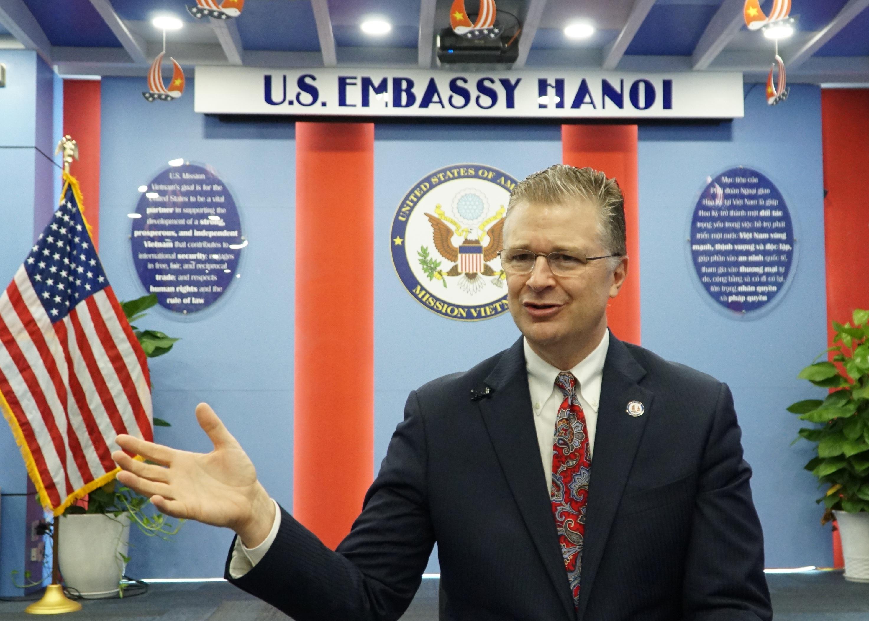 Chặng đường 25 năm phi thường của quan hệ Việt - Mỹ qua góc nhìn Đại sứ Mỹ - 1