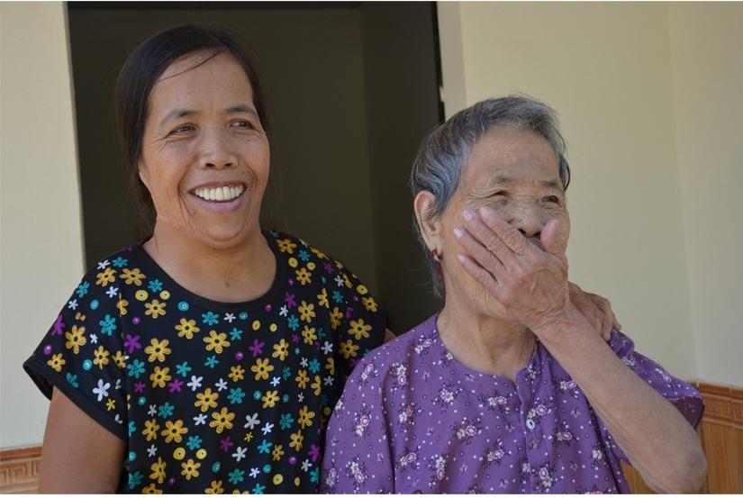 Người đàn bà nửa thế kỉ mang hàm răng kì dị: Tôi nghĩ cuộc đời đã bỏ đi - 3