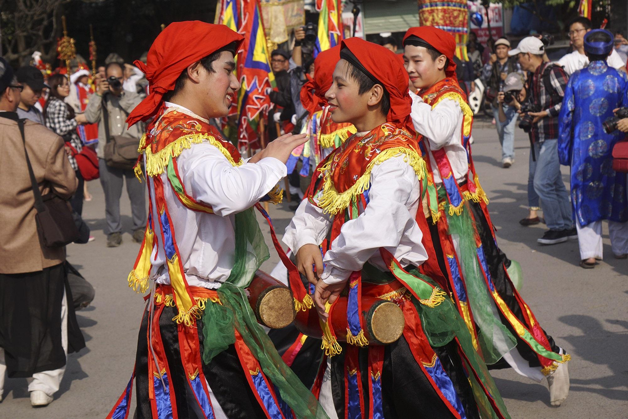 Hà Nội: Người gìn giữ điệu múa cổ nghìn năm con đĩ đánh bồng - 12