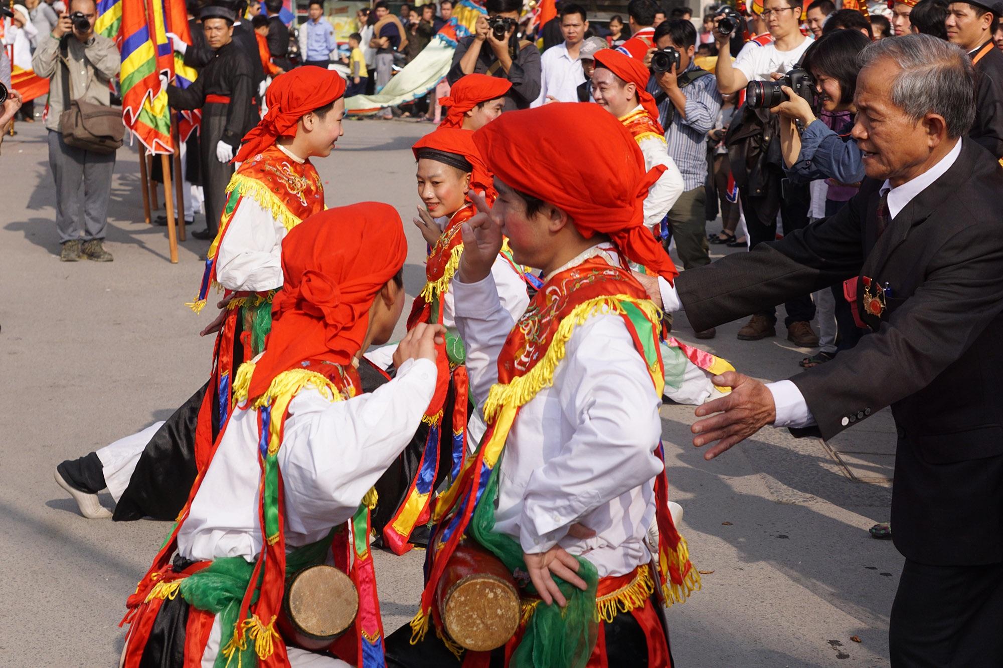 Hà Nội: Người gìn giữ điệu múa cổ nghìn năm con đĩ đánh bồng - 4