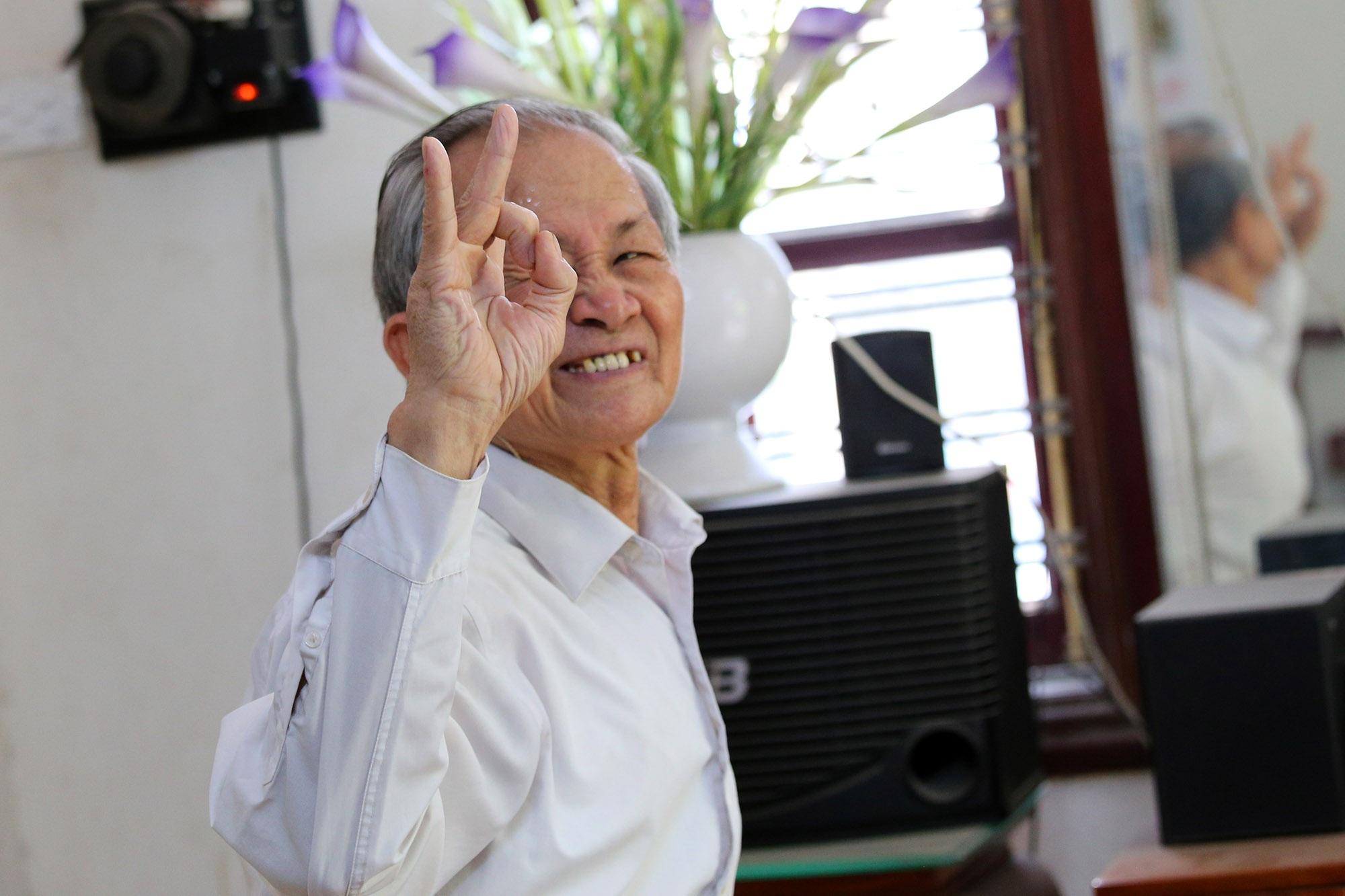 Hà Nội: Người gìn giữ điệu múa cổ nghìn năm con đĩ đánh bồng - 6
