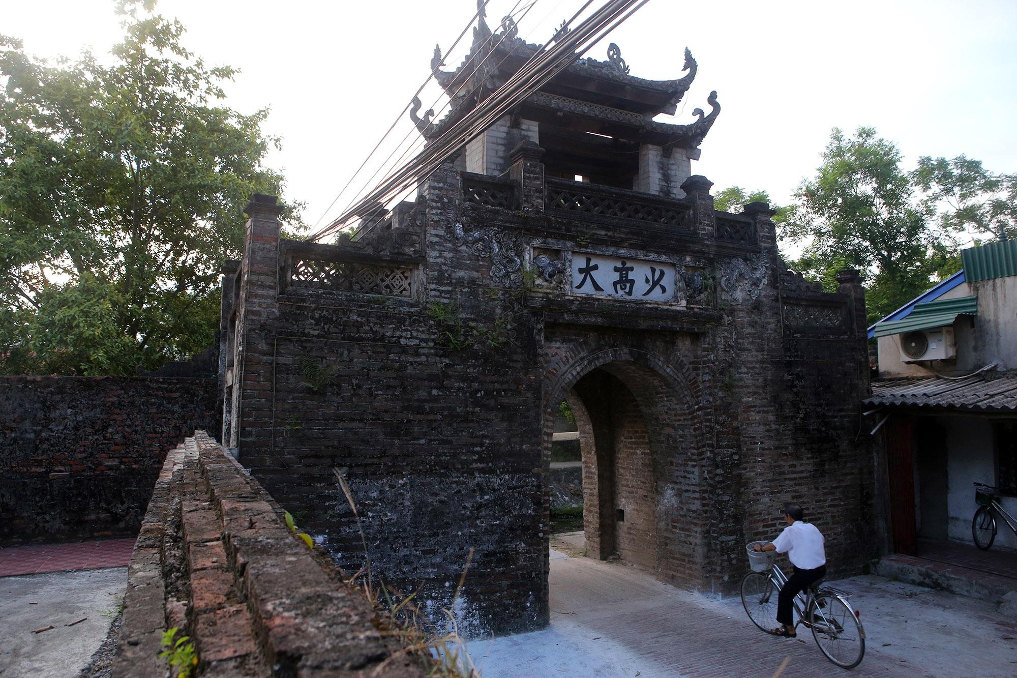 Khám phá vẻ đẹp của cổng làng đồ sộ trải qua 5 thế kỷ tại ngoại ô Hà Nội - 13