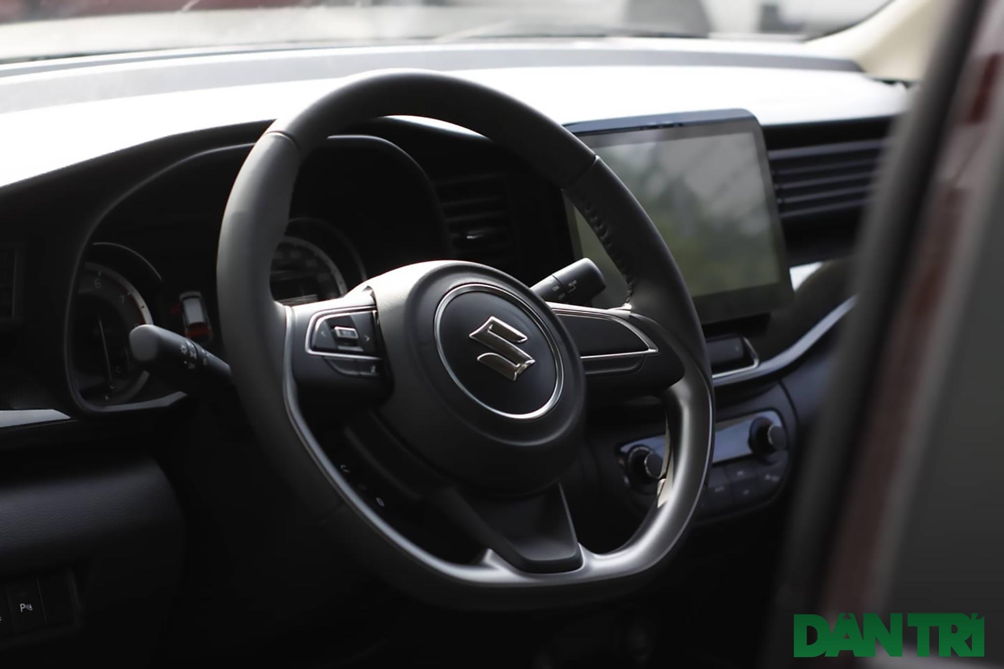 5 mẫu ô tô gầm cao nổi bật tầm giá 700 triệu đồng - 9