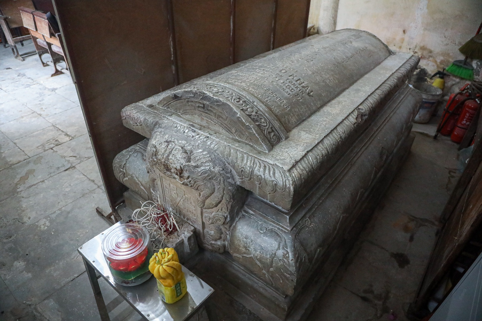 Lăng mộ đá cổ 100 tuổi giữa lòng Hà Nội - 10