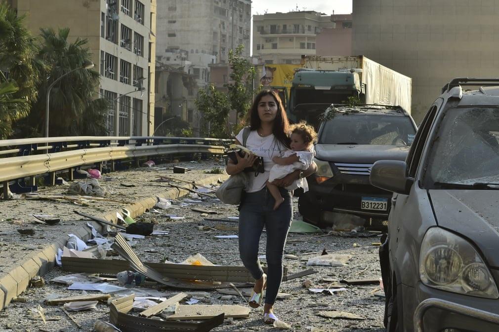 """Cảnh đổ nát ở thủ đô Li Băng sau vụ nổ """"như thảm họa Hiroshima"""" - 7"""