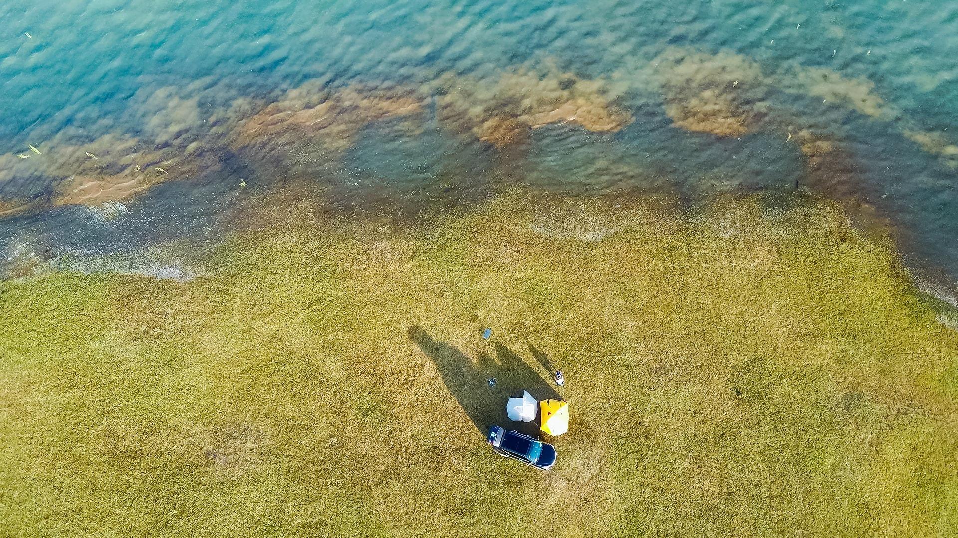 Đẹp đến nao lòng hồ nước nhân tạo lớn nhất Việt Nam - 1