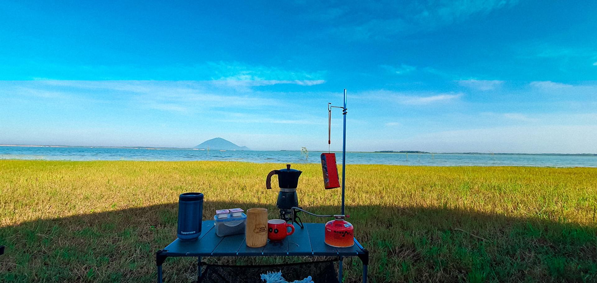 Đẹp đến nao lòng hồ nước nhân tạo lớn nhất Việt Nam - 5