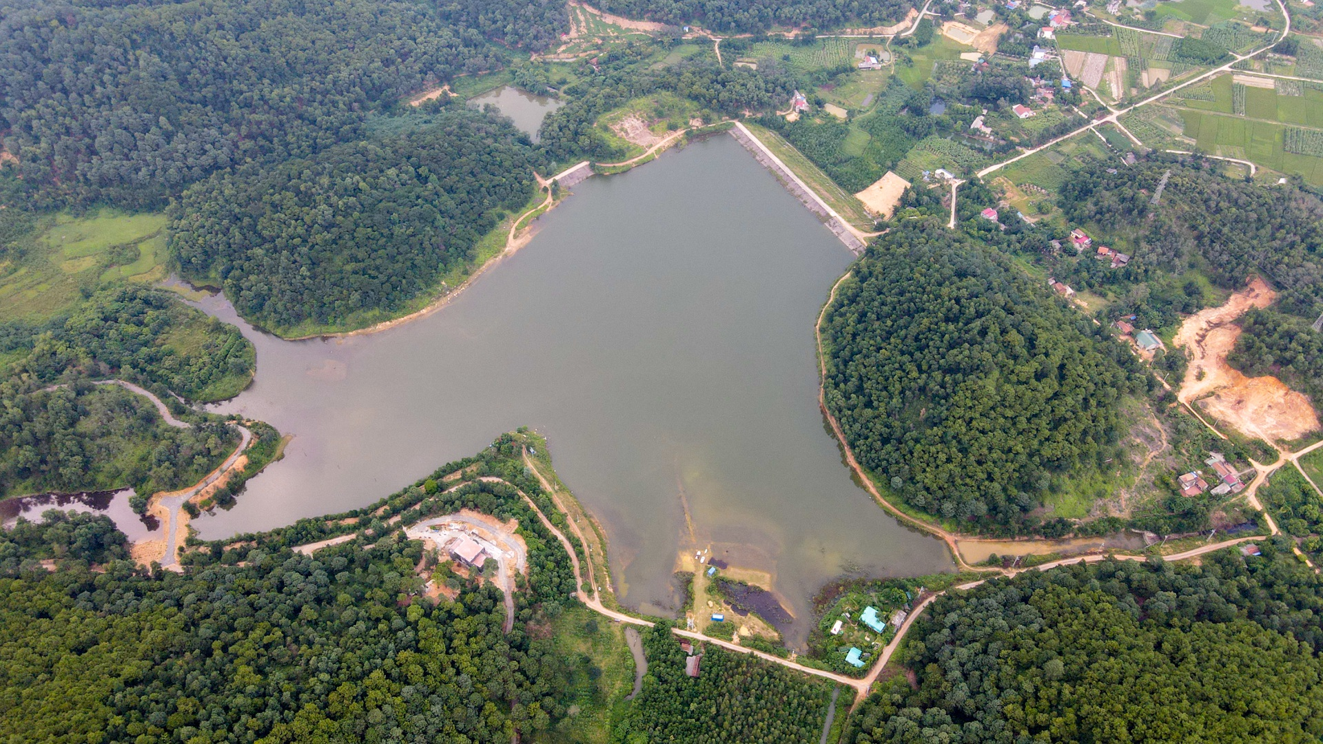 Hồ Chòm Núi - điểm trốn dịch lý tưởng cách nội đô Hà Nội chỉ 40km - 1