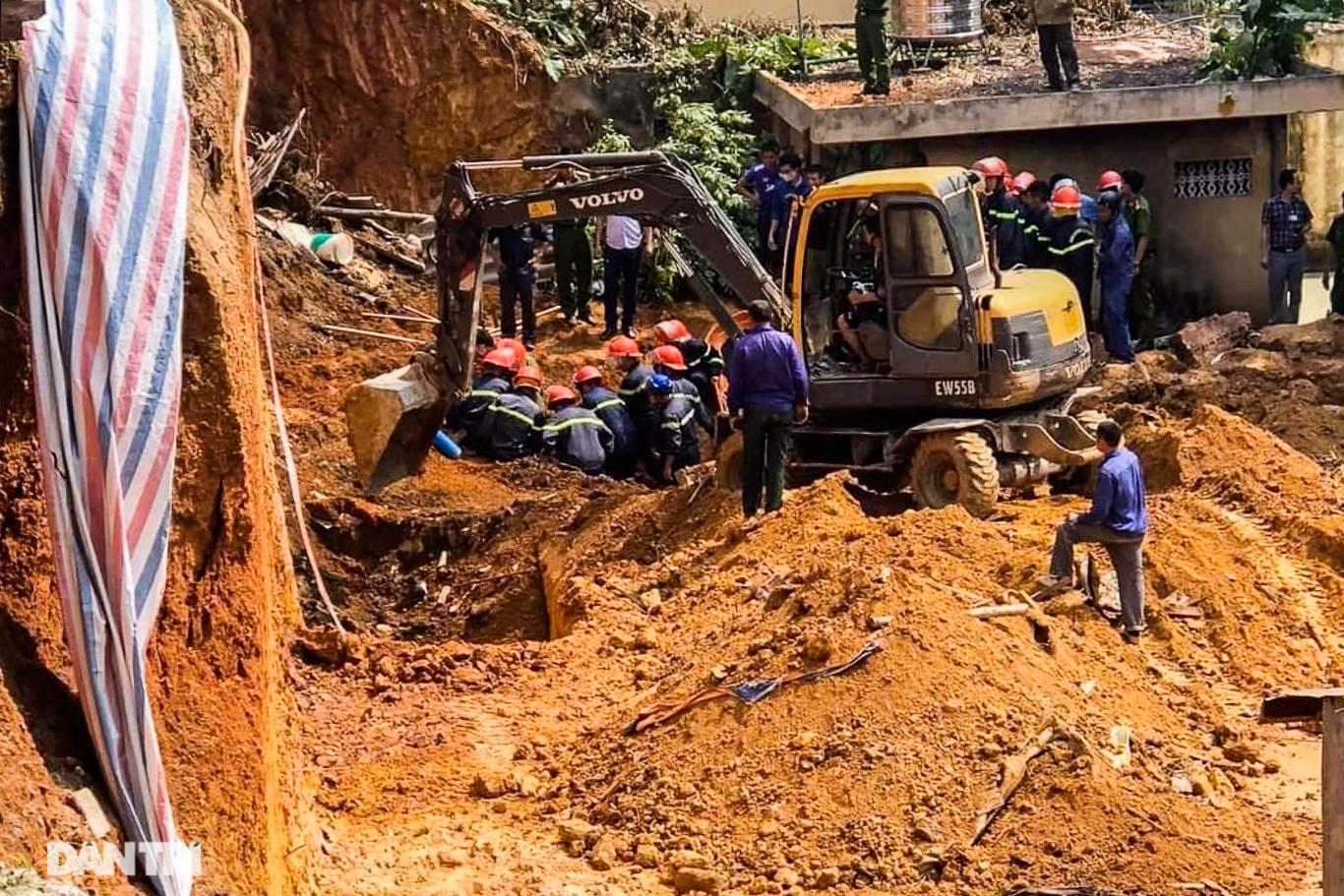 Hiện trường vụ sạt lở đất tại Phú Thọ, 4 người tử vong - 7