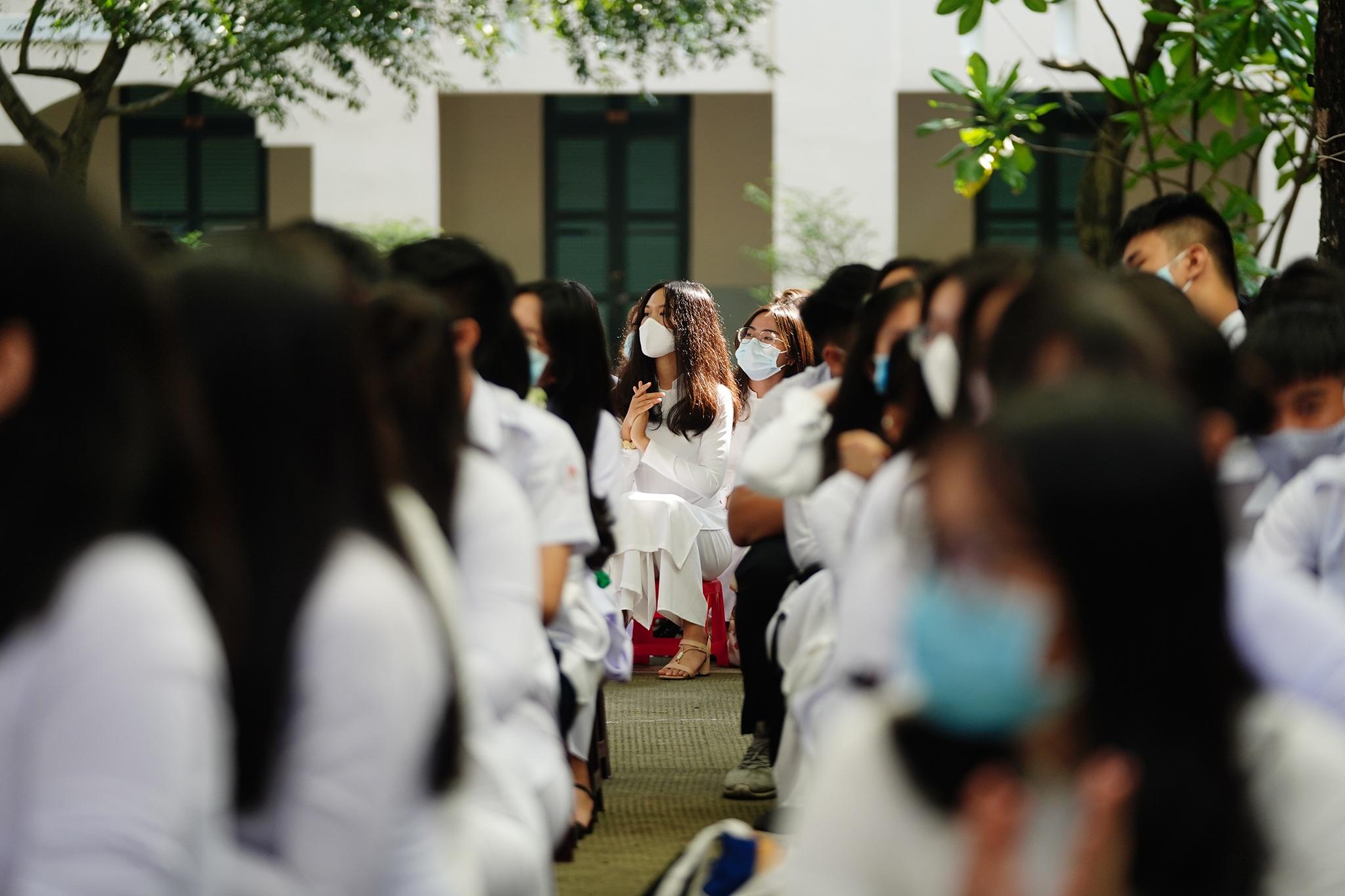 Phó Chủ tịch nước dự khai giảng tại ngôi trường 146 tuổi - 11