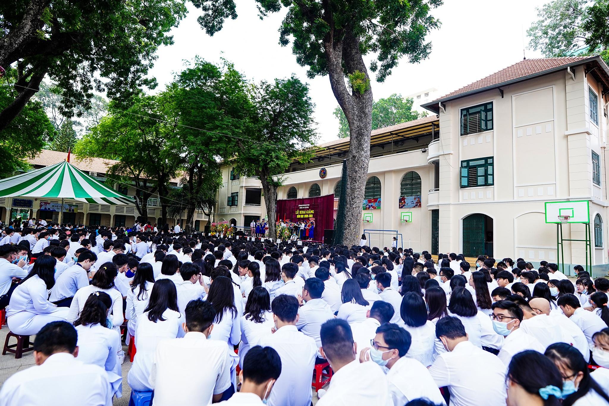 Phó Chủ tịch nước dự khai giảng tại ngôi trường 146 tuổi - 18