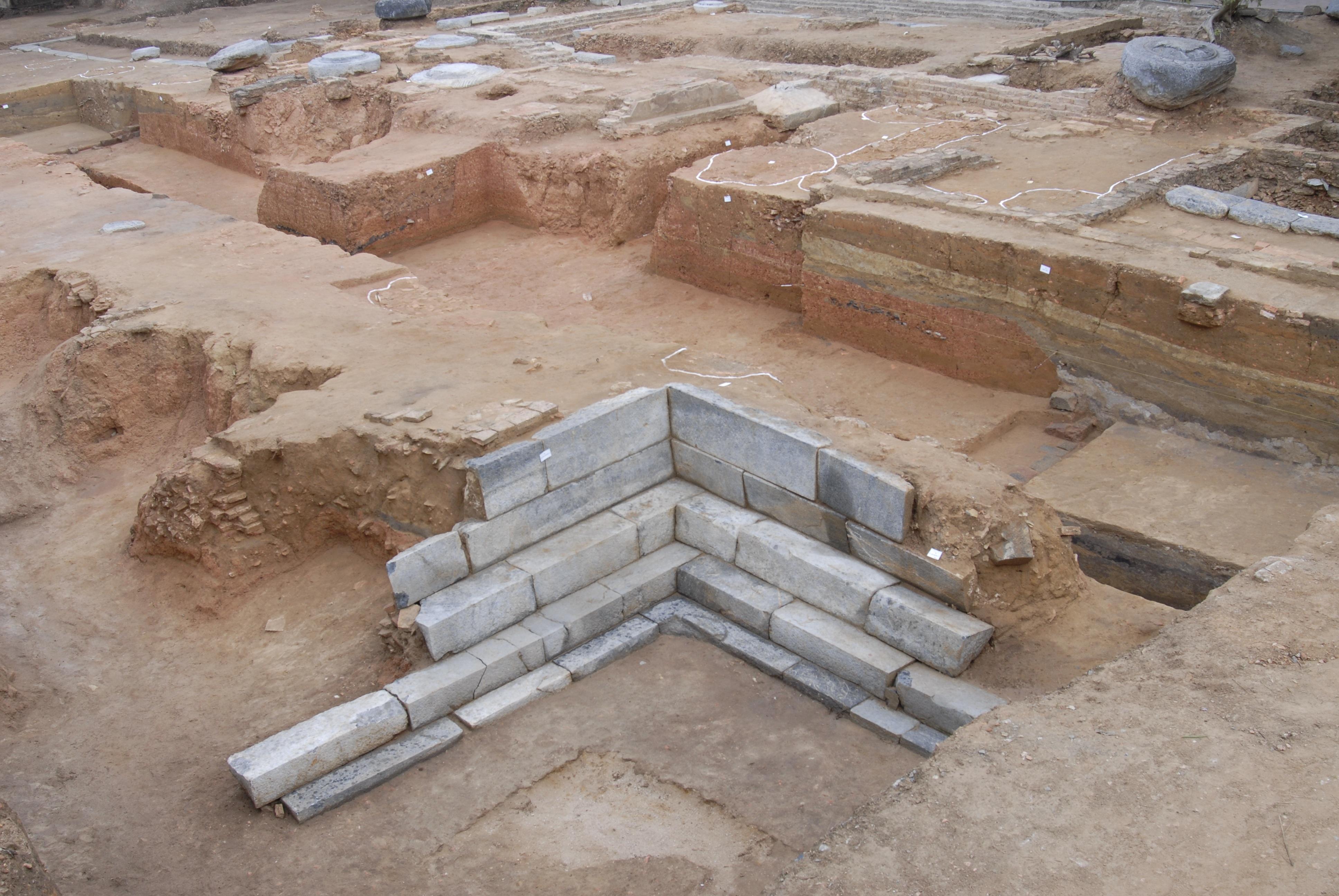 Ngôi chùa nghìn năm tuổi  - Trường Đại học phật giáo đầu tiên ở Việt Nam - 4