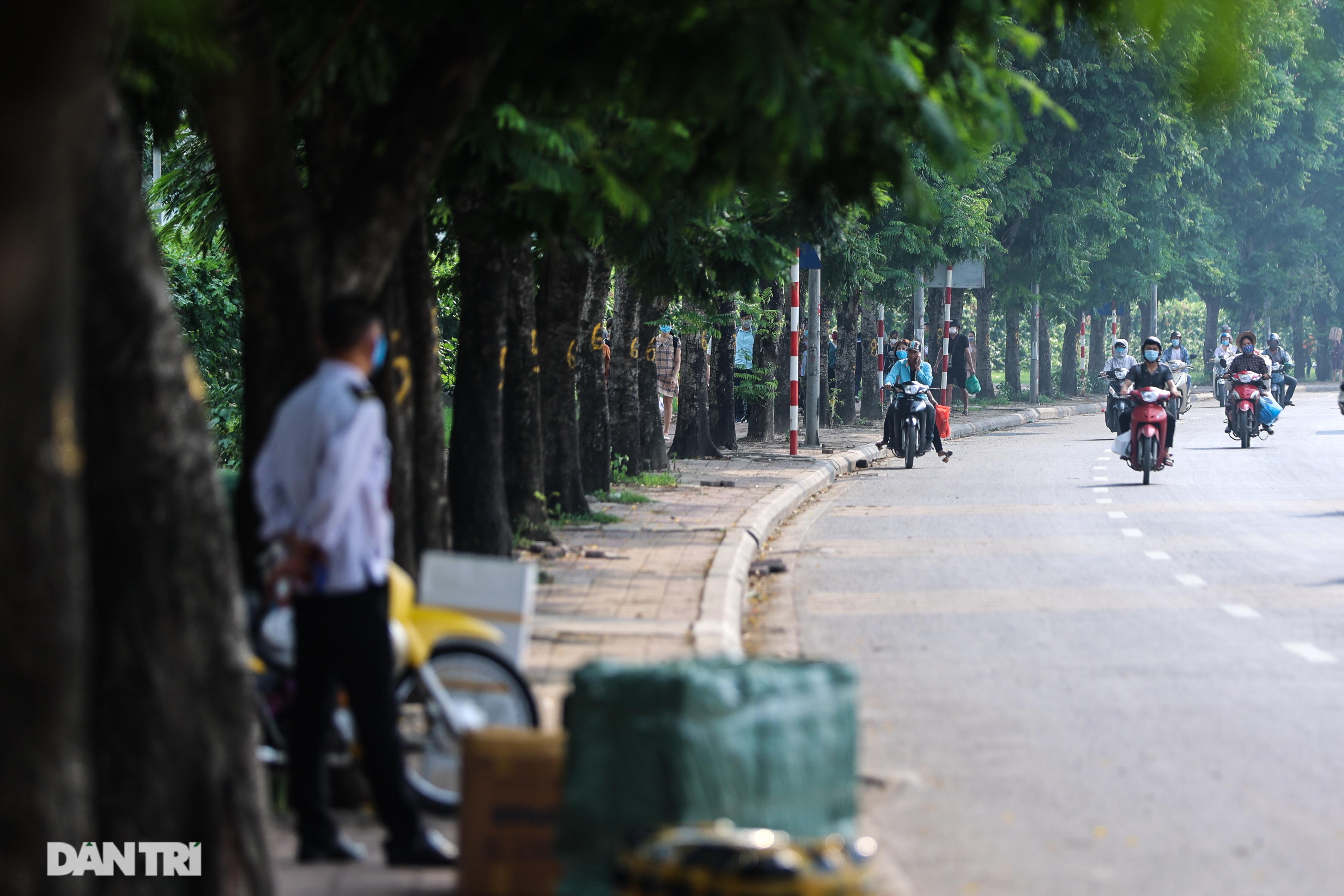 Hà Nội: Chim mồi bám CSGT và cú điện thoại mật báo tới nhà xe - 14