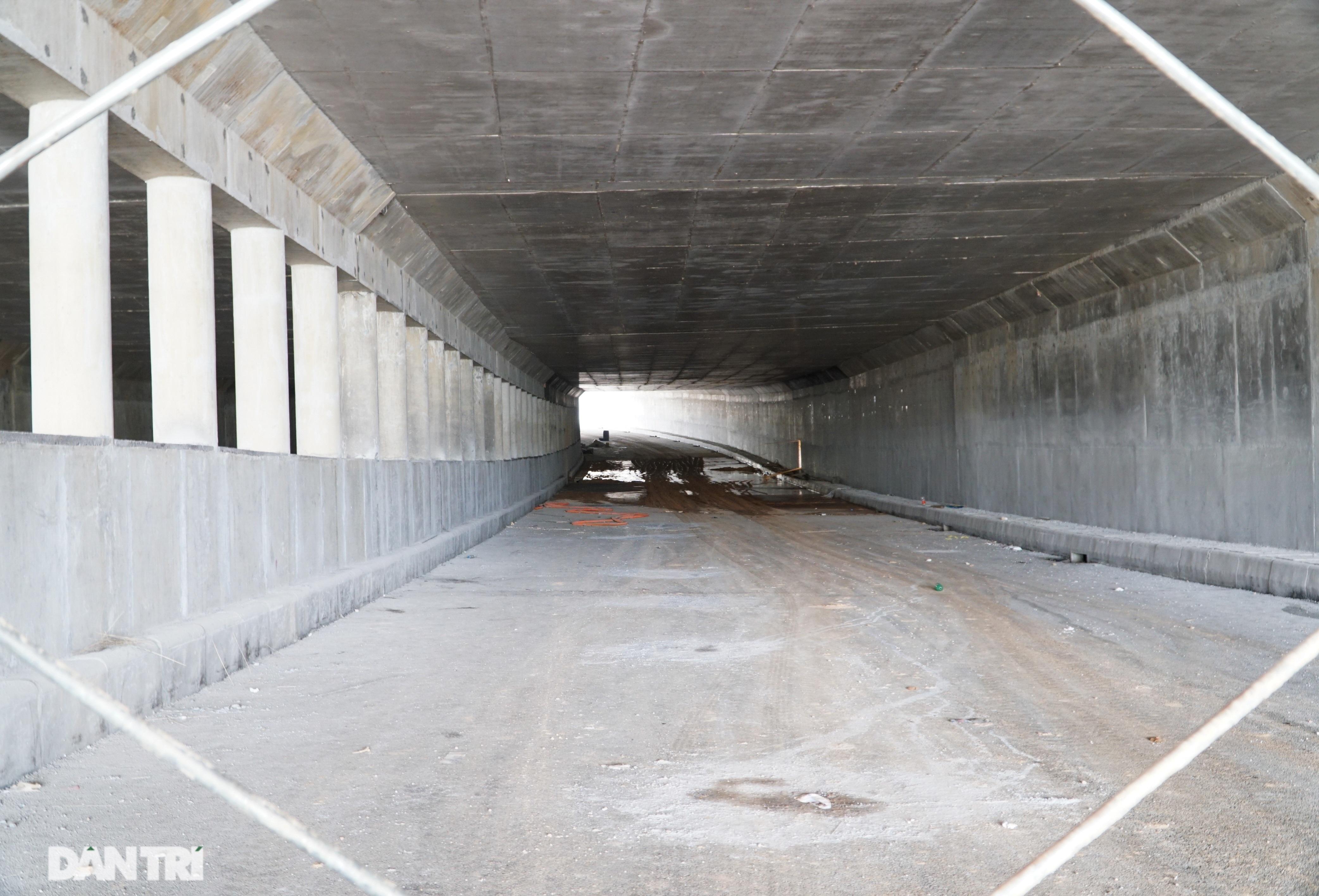 """Cận cảnh hầm chui """"trăm tỷ đồng"""" tại nút giao cao tốc Hà Nội – Bắc Giang - 6"""