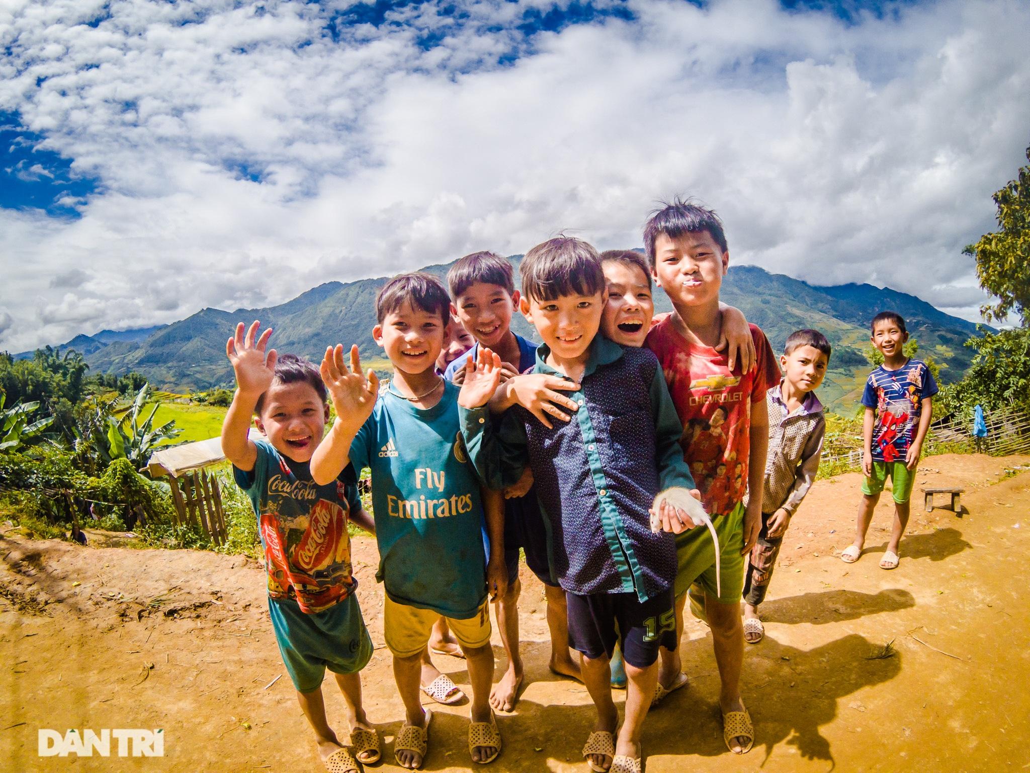 Chạy bộ khám phá vẻ đẹp rực rỡ của những bản làng Mù Cang Chải - 13