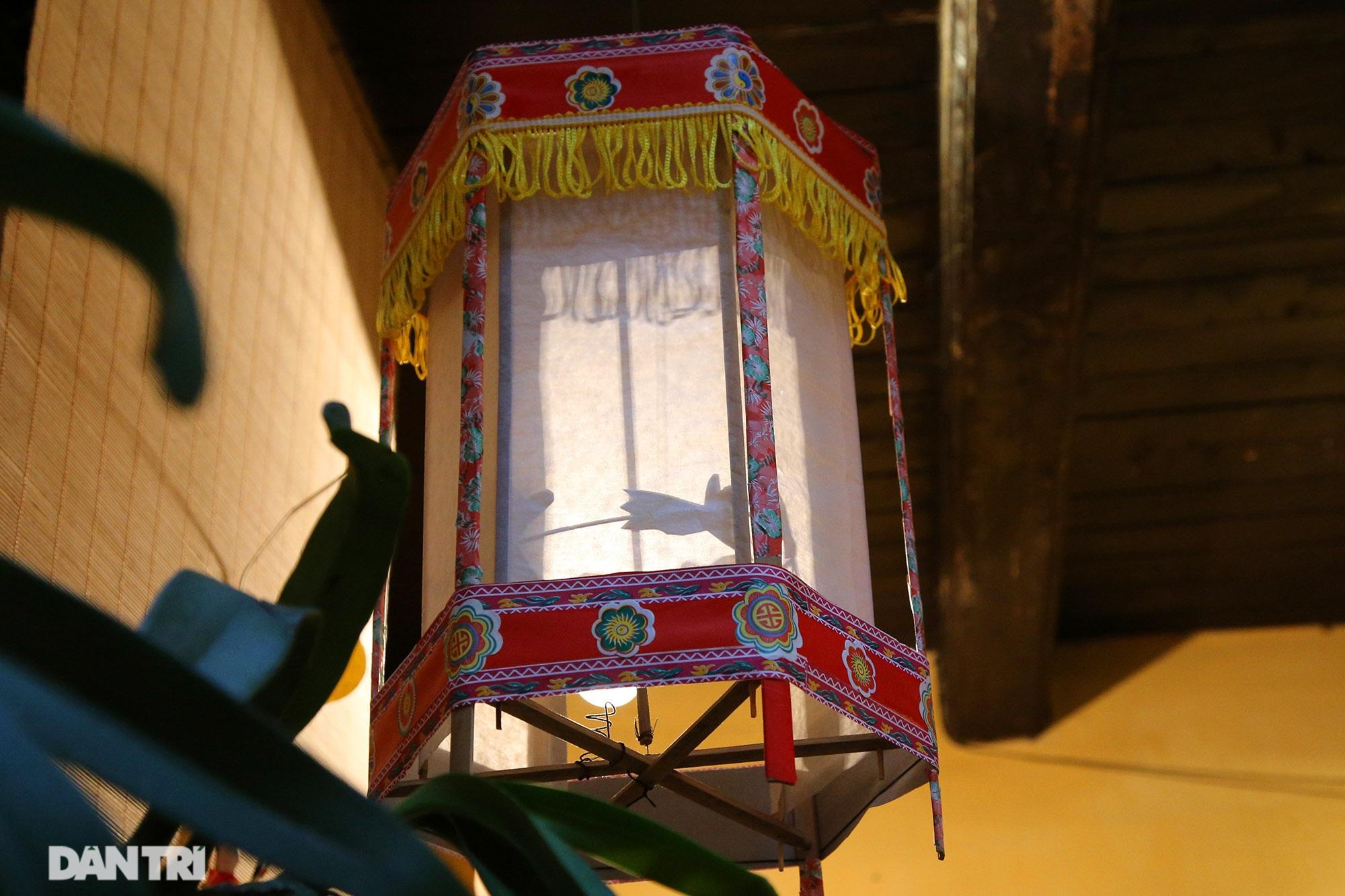 Không gian vui Tết Trung thu truyền thống của gia đình người Hà Nội - 4