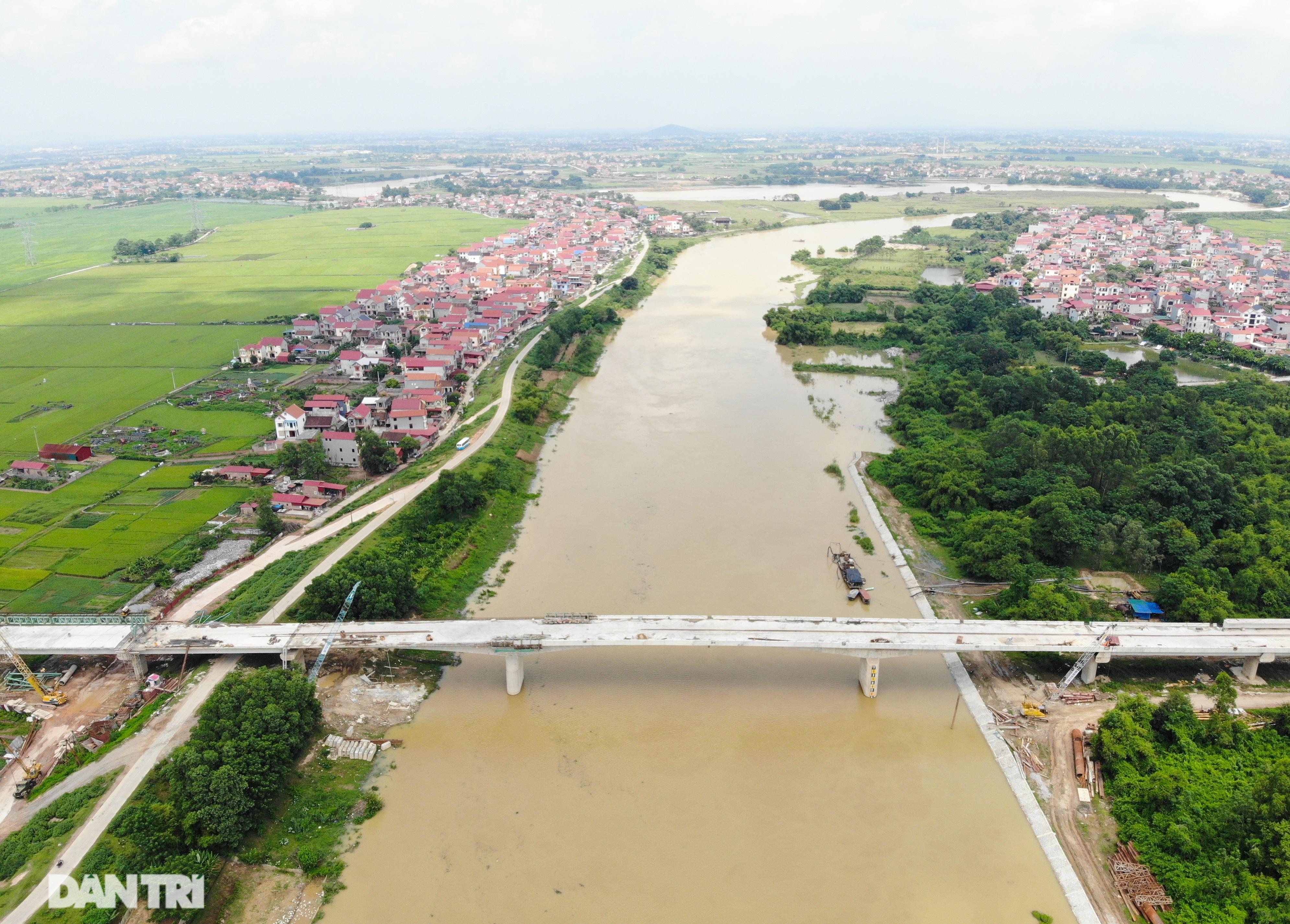 Nguyên nhân bất ngờ khiến cầu nối Hà Nội – Bắc Giang có thể đắp chiếu - 2