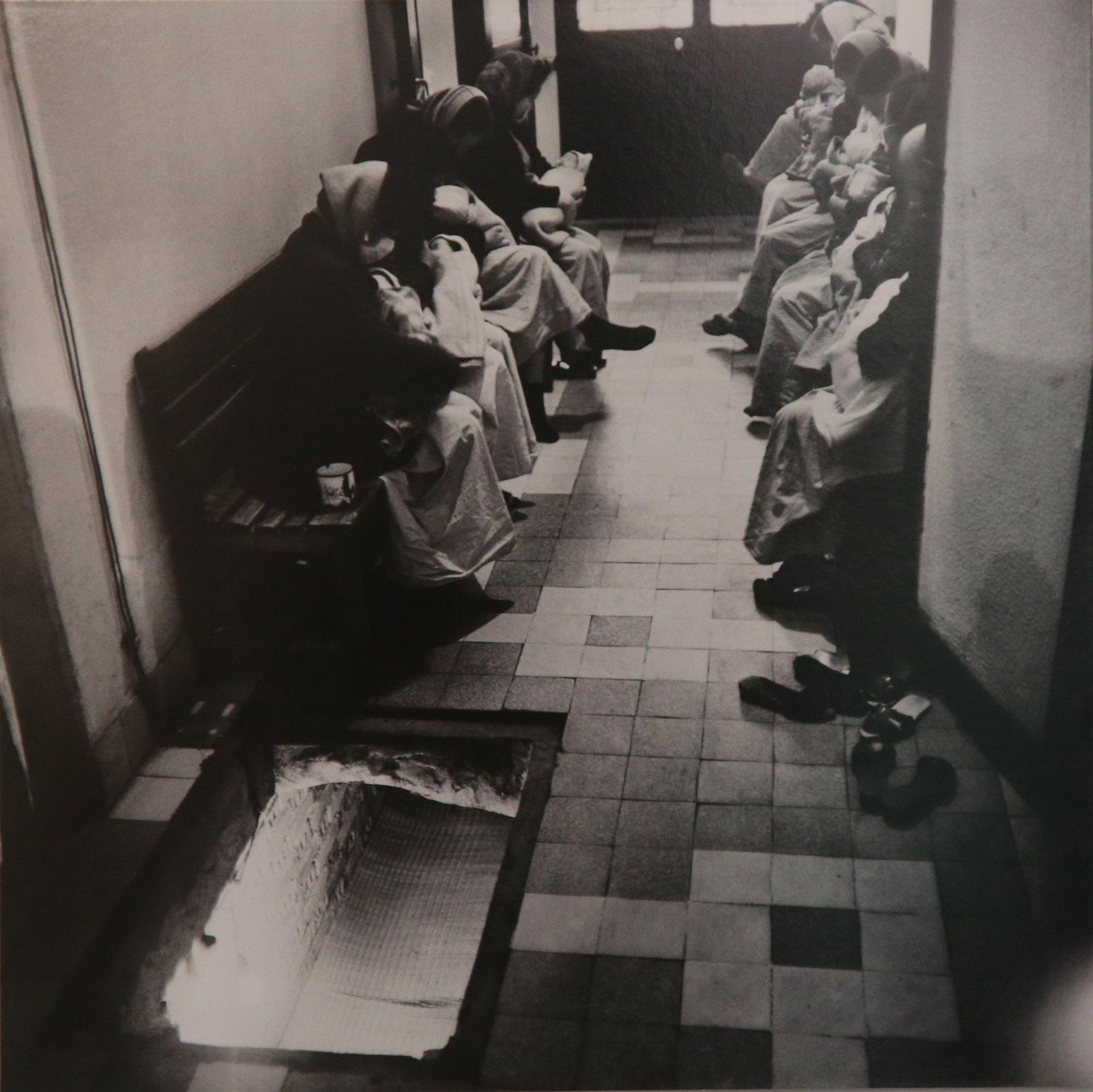 Hình ảnh quý về Hà Nội thời gian khó của nhiếp ảnh gia người Đức - 14