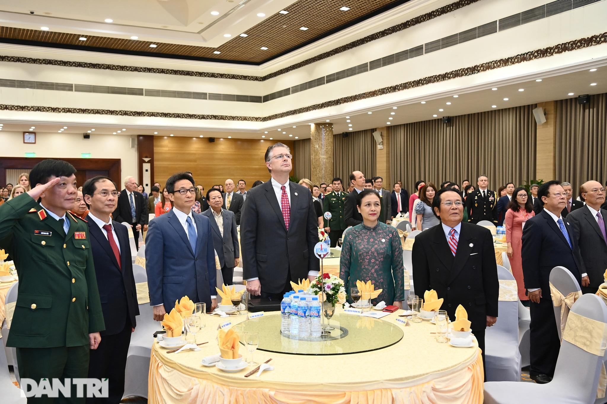 Cuộc gặp của những người xây nền móng cho 25 năm quan hệ Việt Nam - Hoa Kỳ - 1