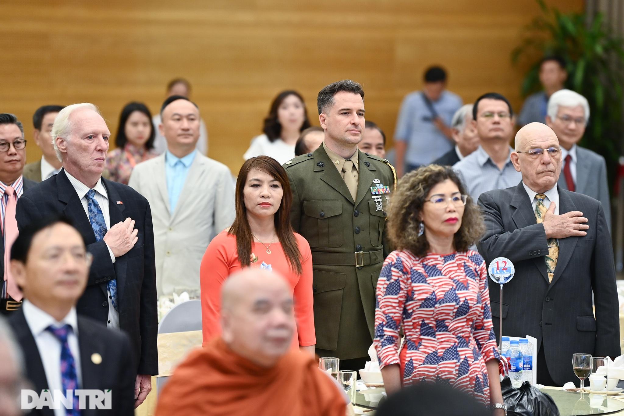 Cuộc gặp của những người xây nền móng cho 25 năm quan hệ Việt Nam - Hoa Kỳ - 11
