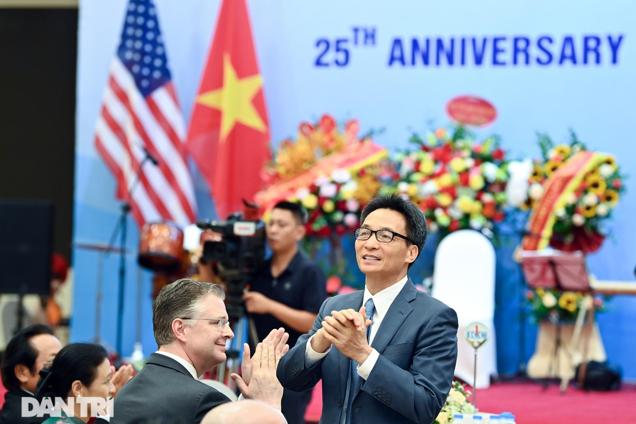 Cuộc gặp của những người xây nền móng cho 25 năm quan hệ Việt Nam - Hoa Kỳ - 2