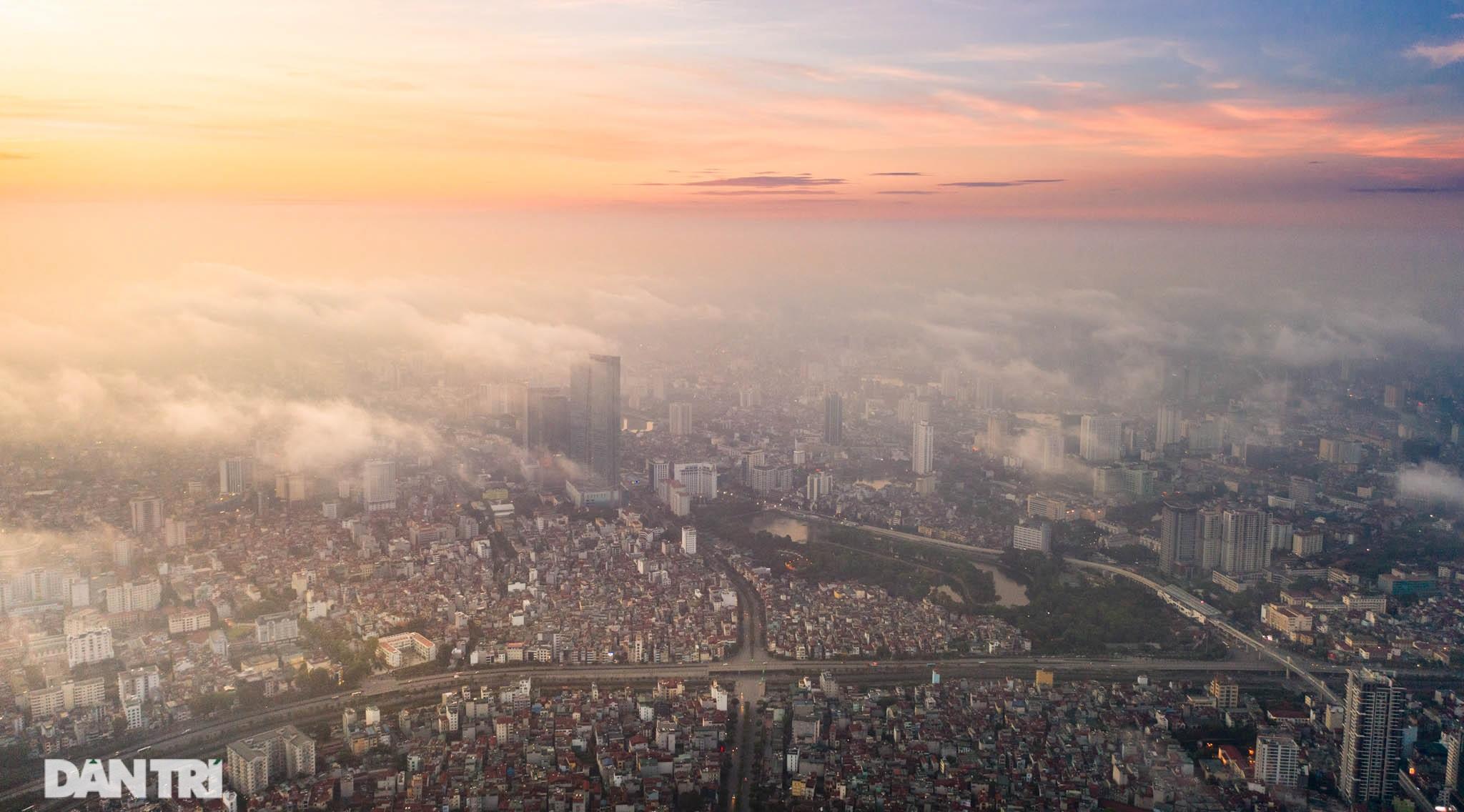 Vẻ đẹp của một Hà Nội hiện đại, sôi động nhìn từ trong mây - 13