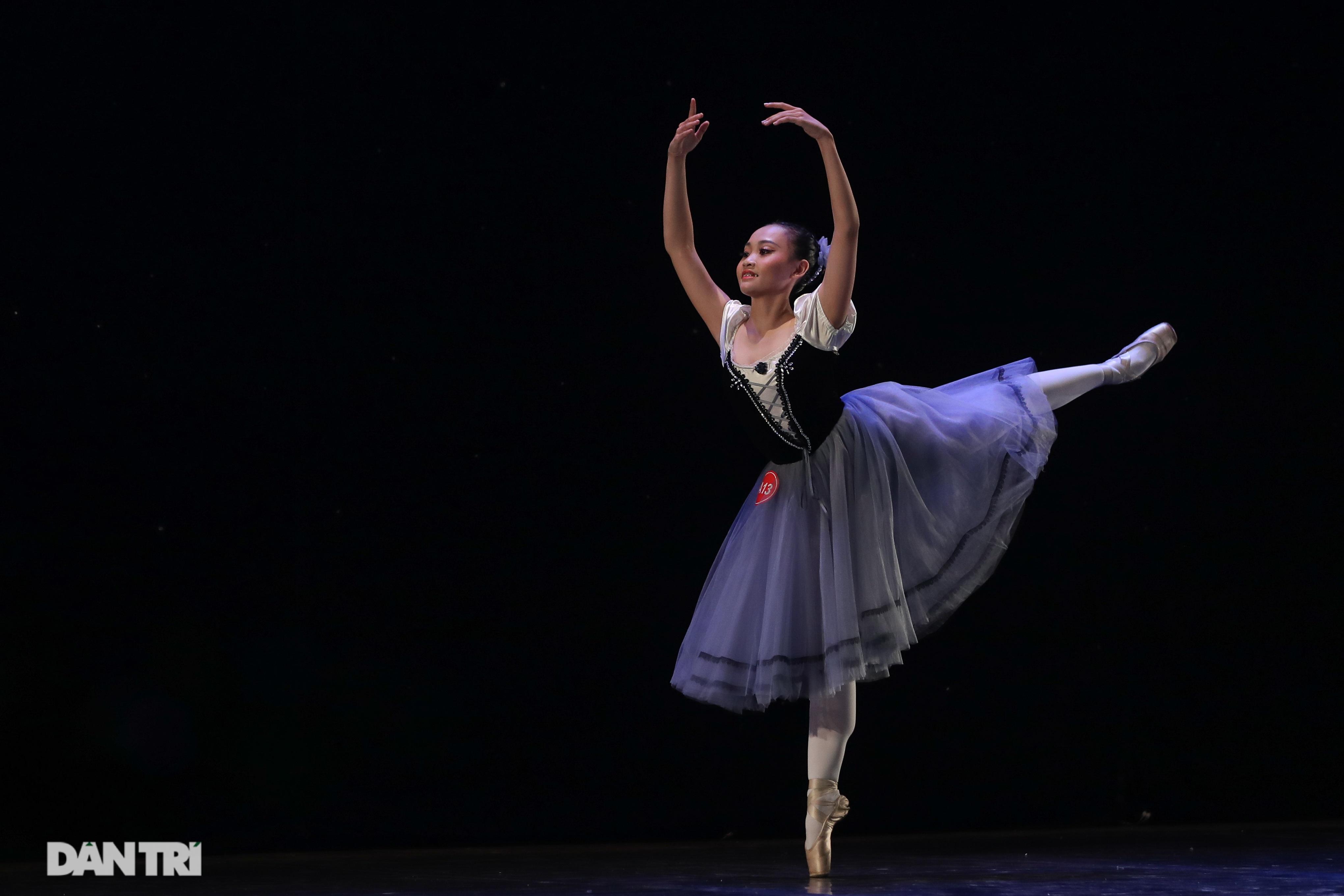 Khoảnh khắc mê hồn tại cuộc thi Tài năng biểu diễn múa - 20